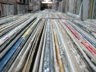 vinyl rack pic